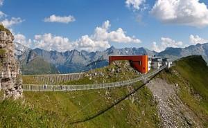 Horské vrcholy, hrady atechnické zázraky Tyrolska