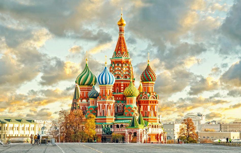 Petrohrad aMoskva letecky