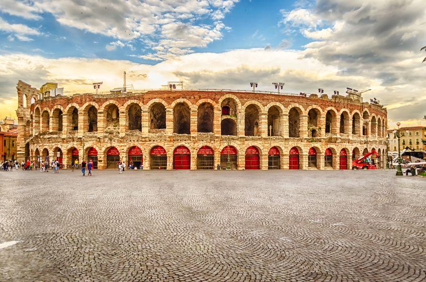 Verona | operní představení vantické Areně (99.sezóna)